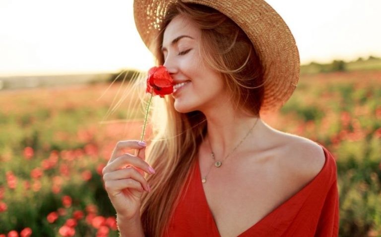How Take Care of Your Skin in Summer