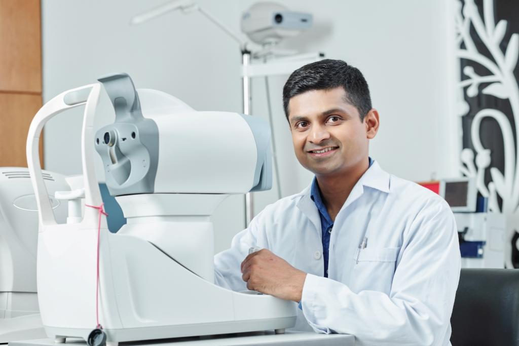 Best Ophthalmologist in Ahmedabad