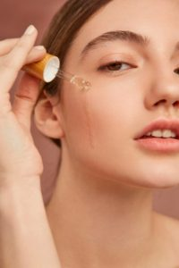 Benefits of Vitamin C Serum For Your Skin