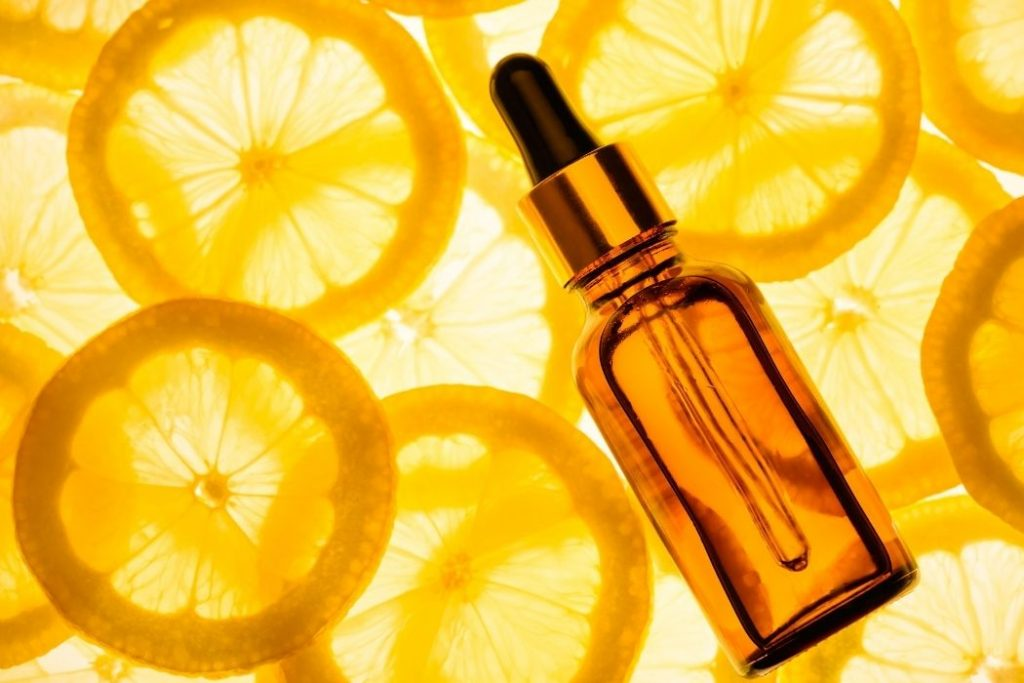 How To Use Vitamin C Serum on Face at Night?