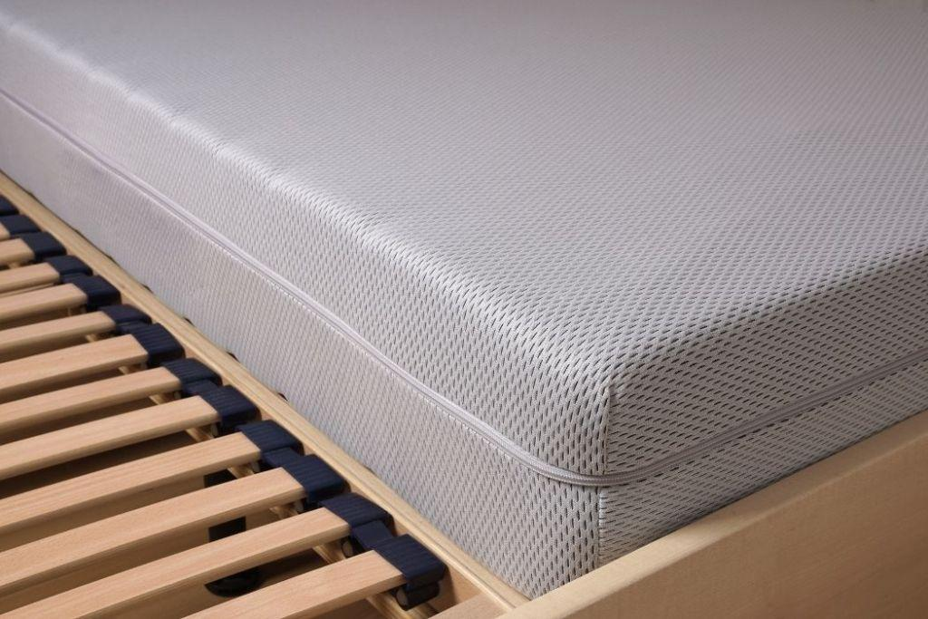 How To Store A Memory Foam Mattress The Right Way (Step By Step Guide)